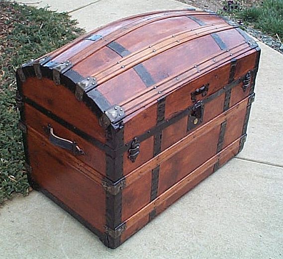 Antique Trunk #224   '; return true