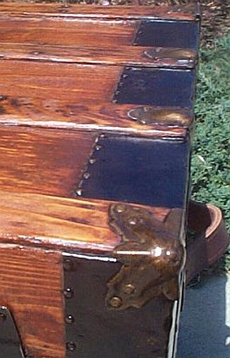 Antique Trunk #226