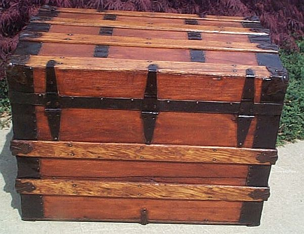 Antique Trunk #228