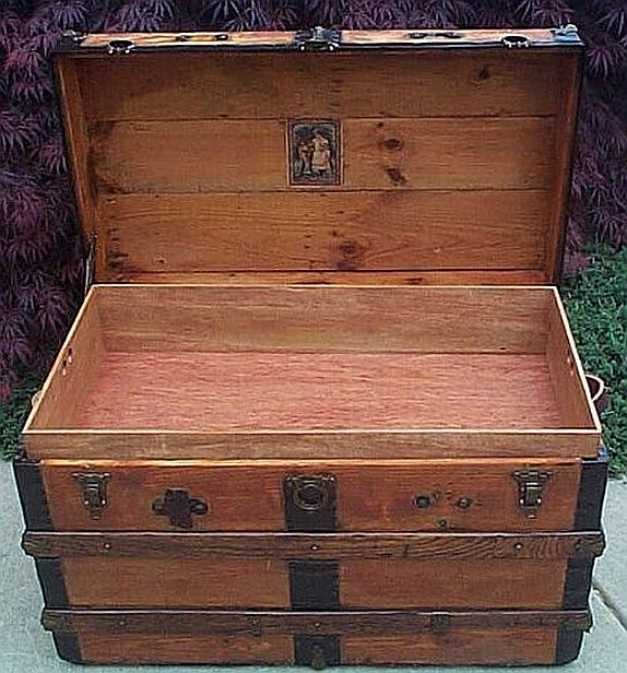 Antique Trunk #230