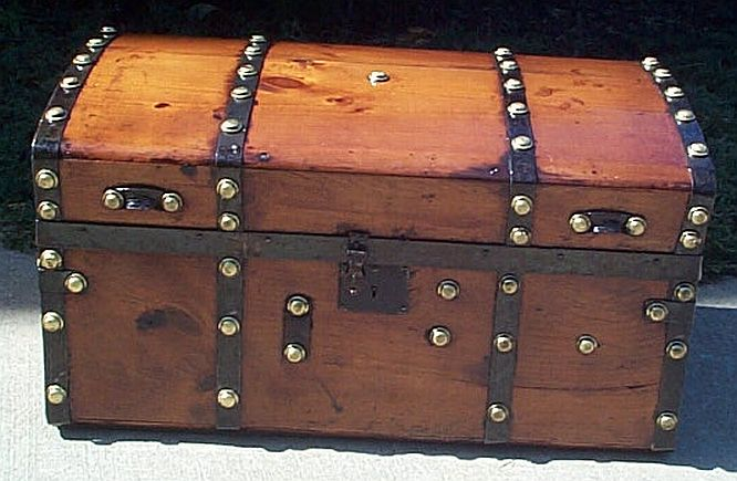 Antique steamer trunk #232