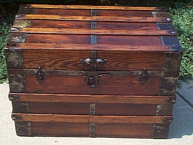 Antique Trunk #241