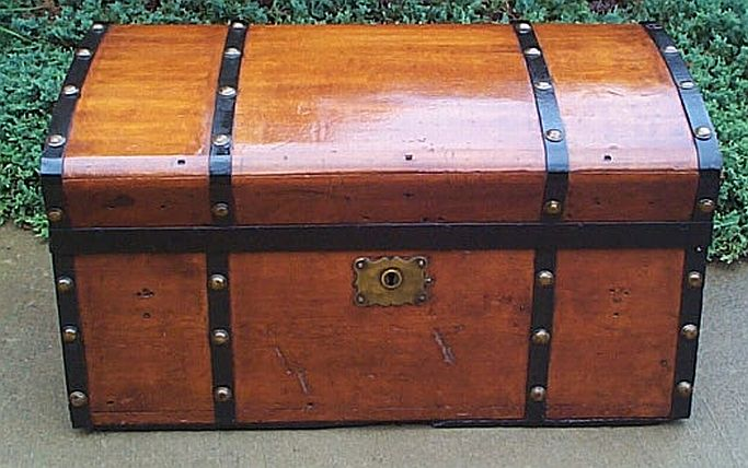 Antique Jenny Lind trunk #245
