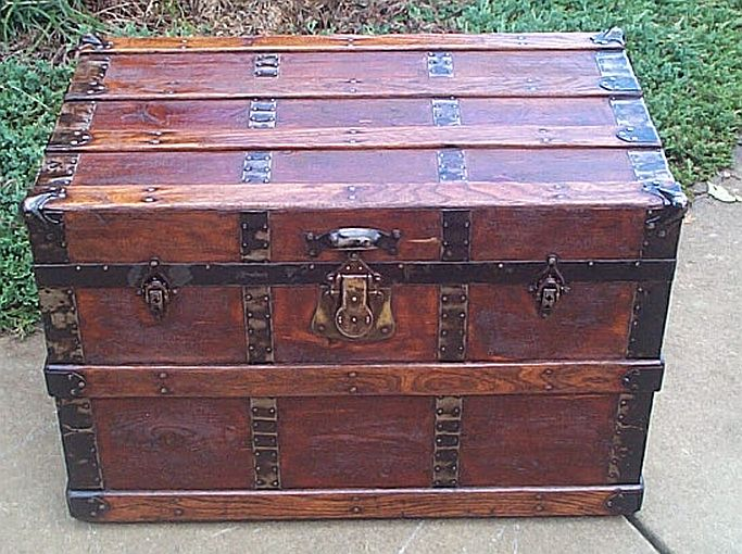 Antique trunk #249'; return true