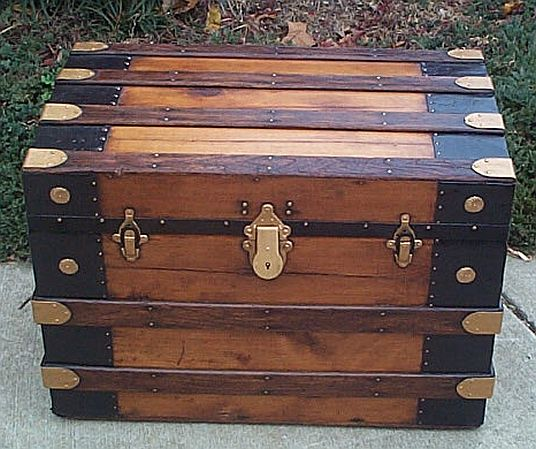 Antique trunk #253