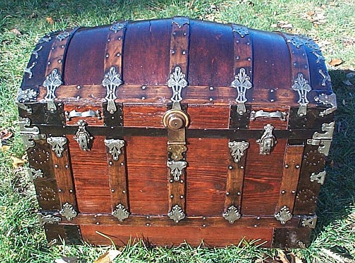 Antique trunk #256