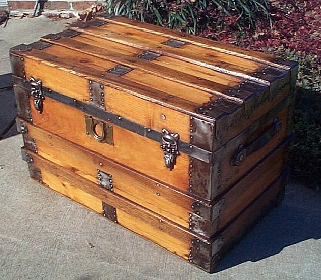 Antique Trunk #257
