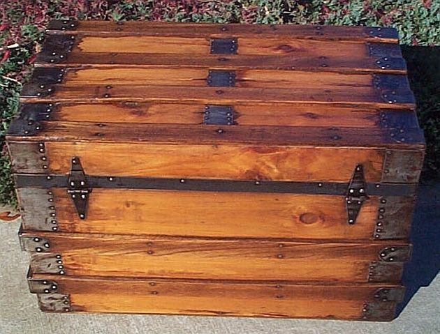 Antique Trunk #25
