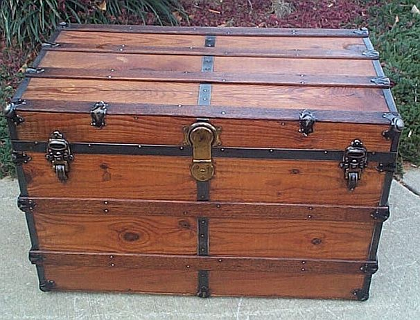 Antique Trunk #258
