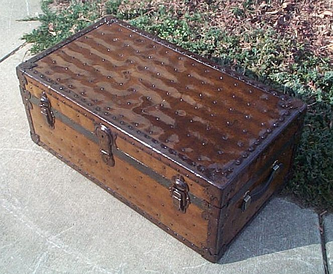 Antique Trunk #260