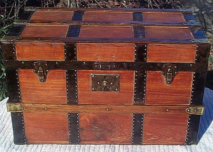 Antique steamer trunk #261