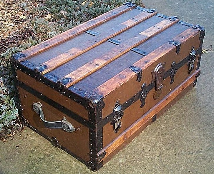 Civil War Antique Trunk #264