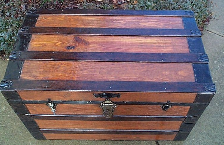 Antique Trunk #265