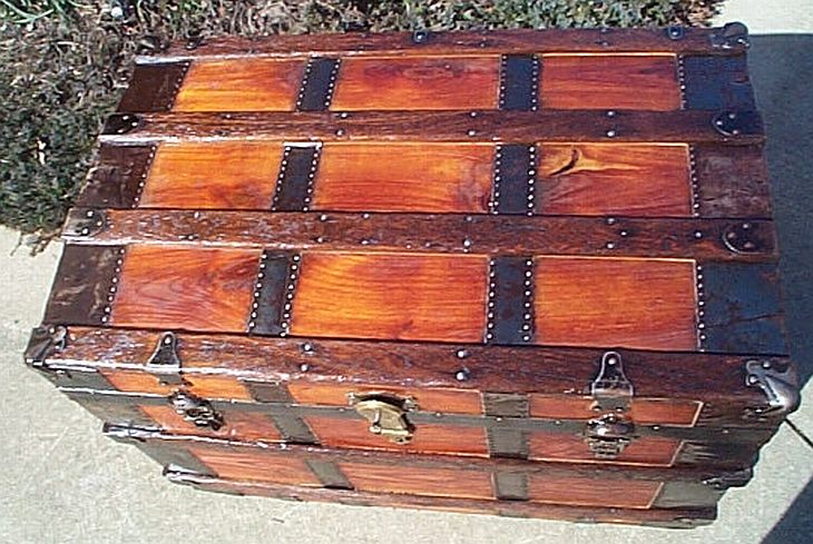 Antique Trunk #269