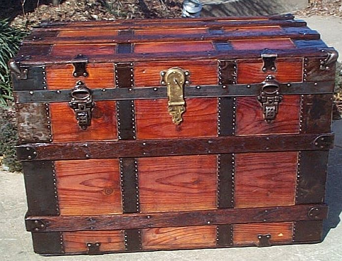 Antique flat top trunk #269