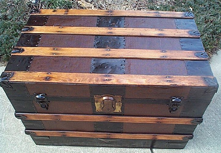 Antique Trunk #270