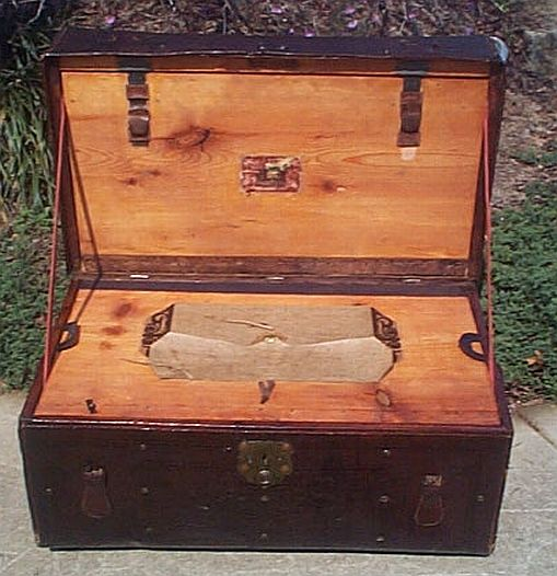 Restored Antique Trunks #273