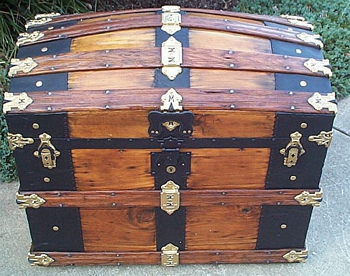 dome top antique trunk martin maier #291