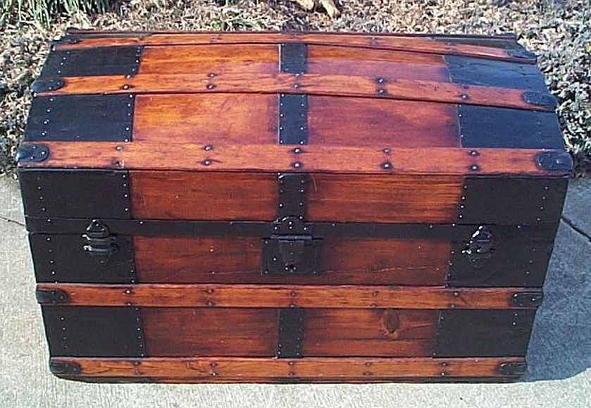 dome top antique trunk #298