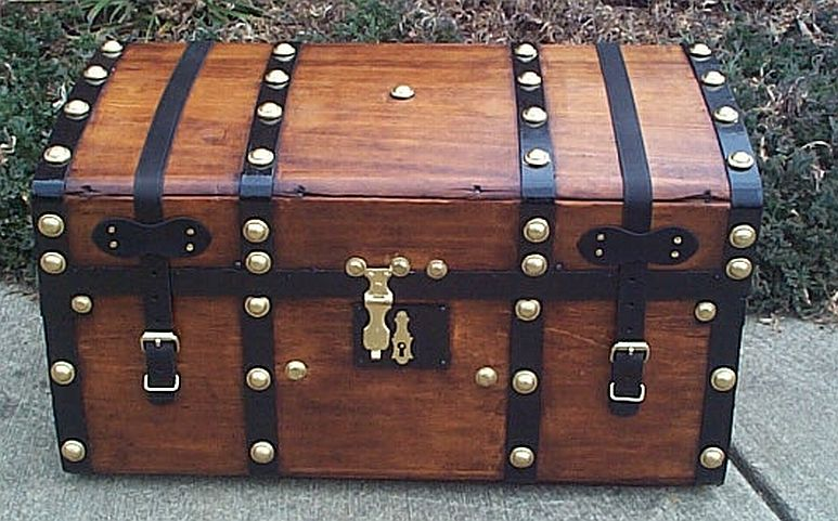 Jenny Lind antique trunk #302