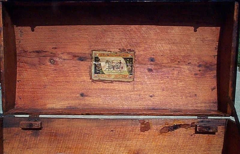 Antique Trunk #310