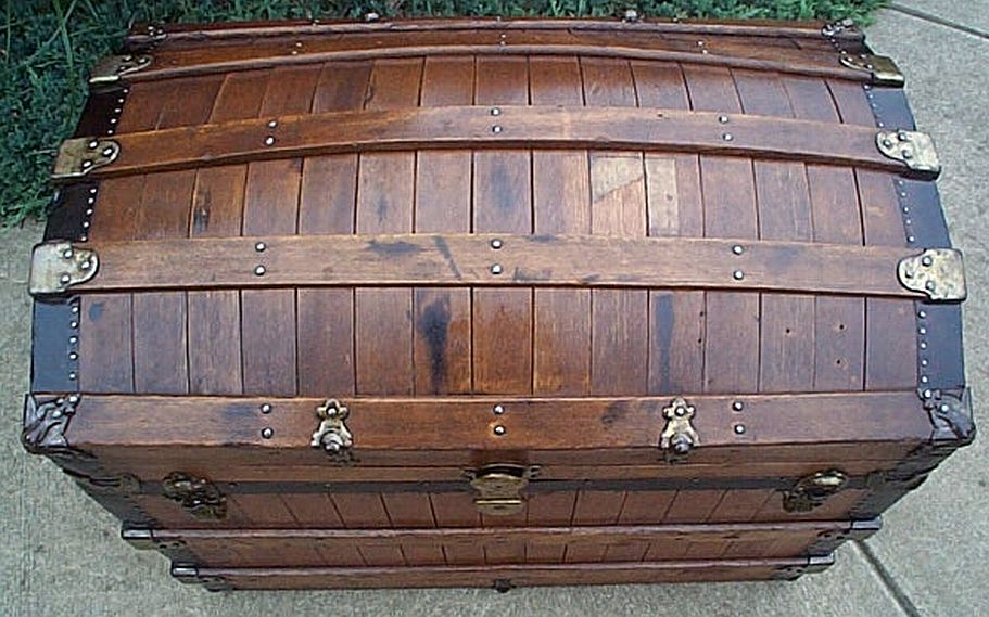 Antique Trunk #313