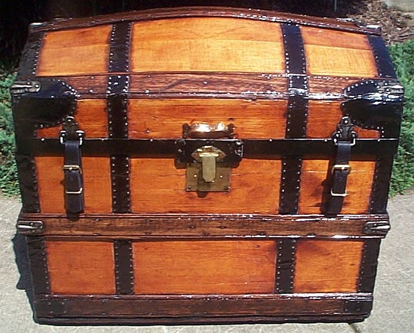 dome top antique trunk 324