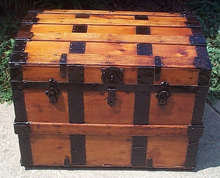 dome top antique trunk 325