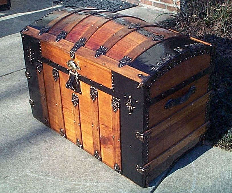 Side View - All Wood Large Size Dome Top or Dometop Antique Steamer Trunk #353