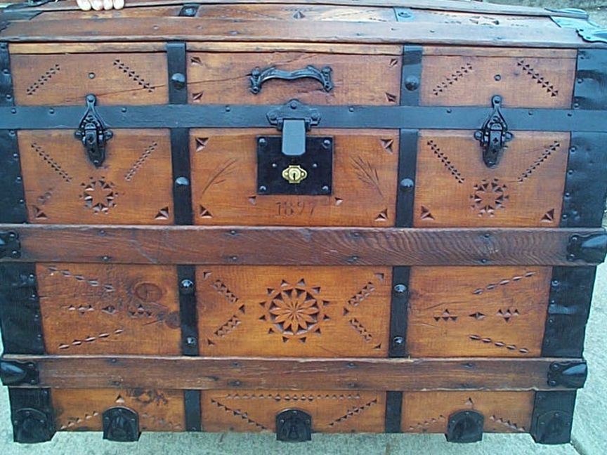 Top - All Wood Large Size Dome Top or Dometop Antique Steamer Trunk #356