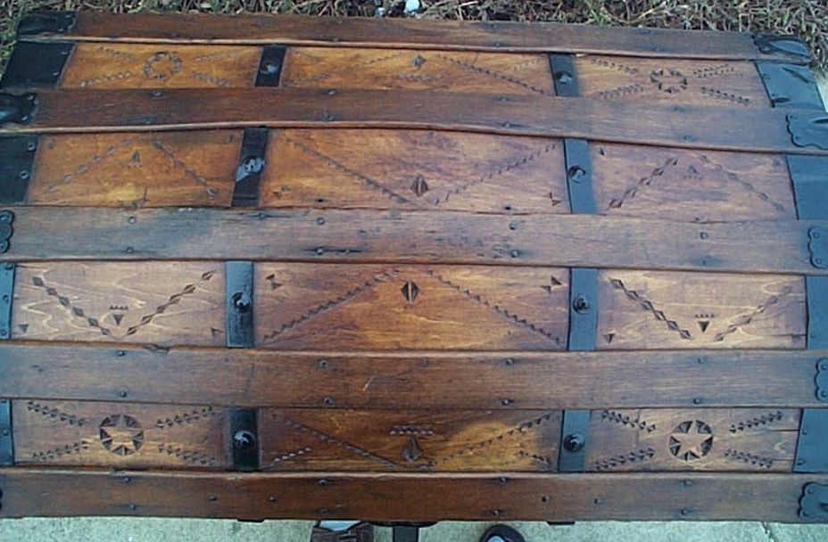 Victorian Lithograph -- All Wood Large Size Dome Top or Dometop Antique Steamer Trunk #356