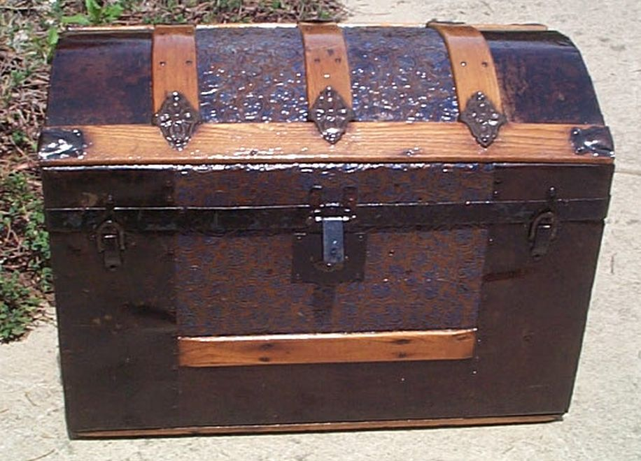 Medium Size Dome Top Antique Steamer Trunk #372