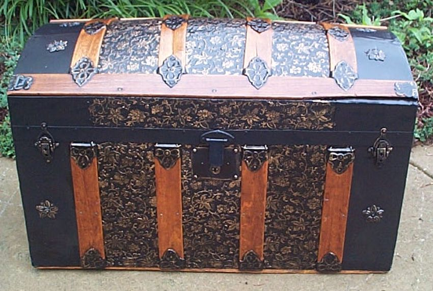 Dome Top Antique Trunk #378