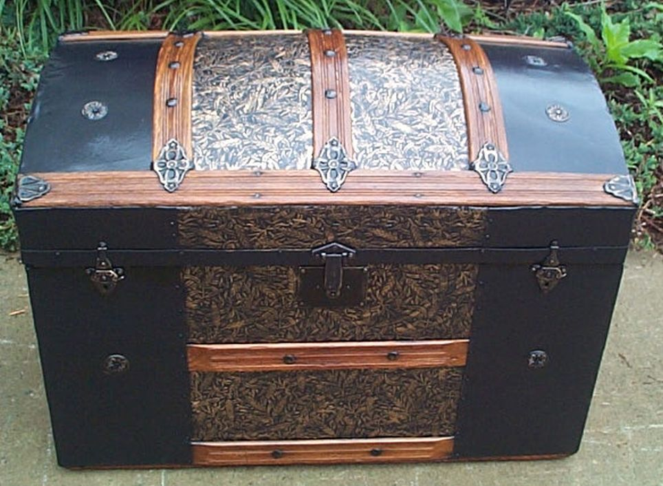 Dome Top Antique Trunk #381