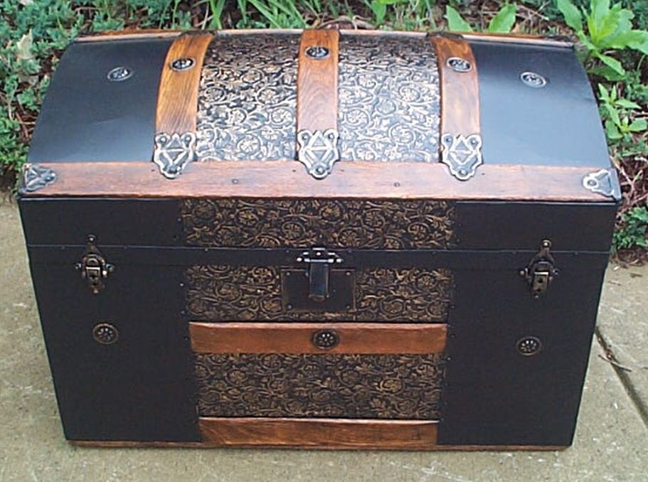 Dome Top Antique Trunk #382