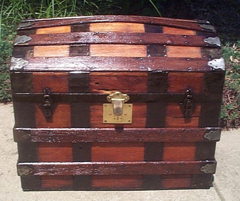 martin maier dome top antique trunk 386