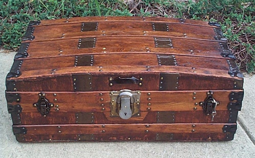 Arched Antique Trunk #388