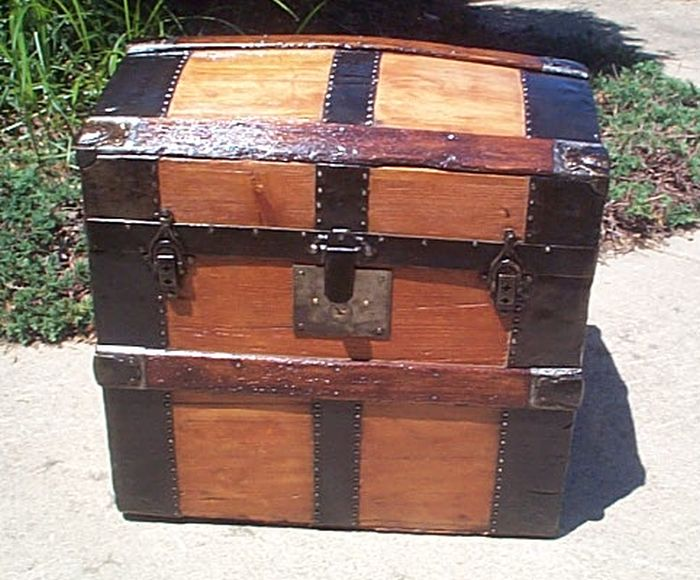 small dome Top Antique Trunk #391