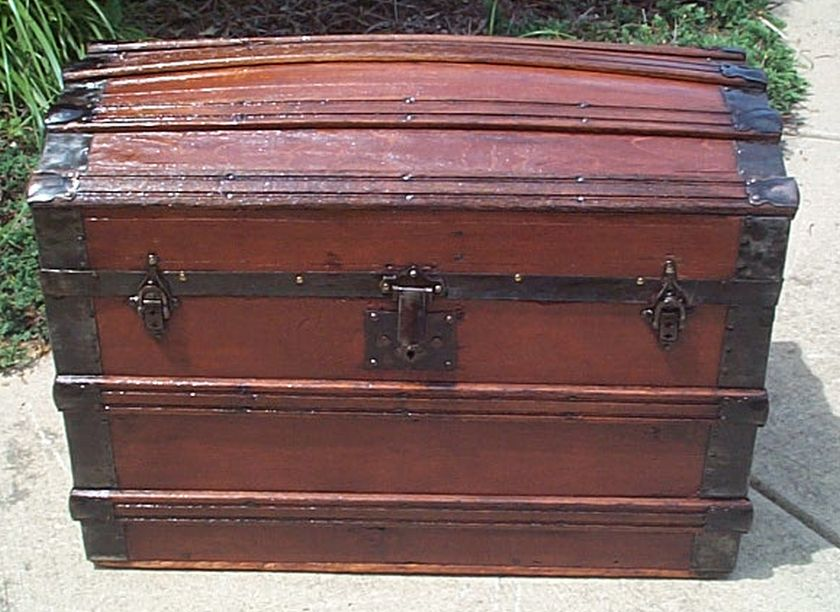 Front - Antique Trunk #394