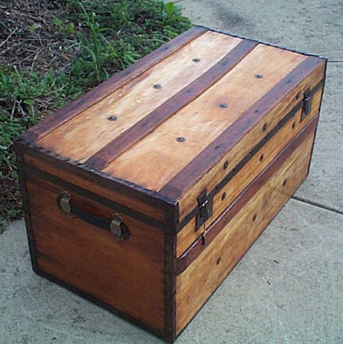 civil war flat top metal wood antique trunk 414