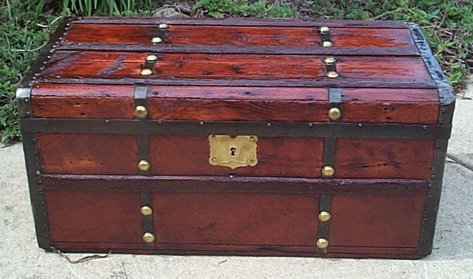 civil war flat top all wood antique trunk 418