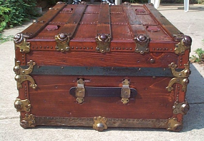 Large low profile flat top all wood antique steamer trunk 424