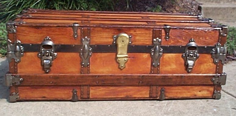low profile flat top all wood antique trunk 425