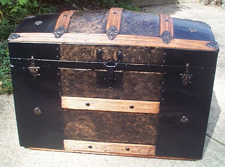 restored antique dome top trunk for sale 453