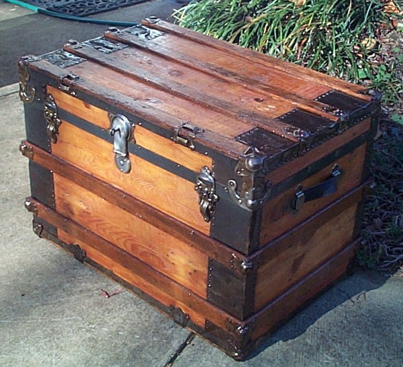 restored antique flat top trunk 465