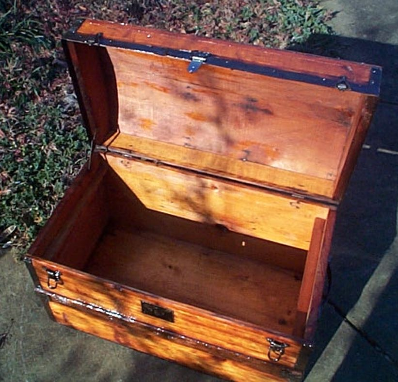 restored antique dome top trunk 467