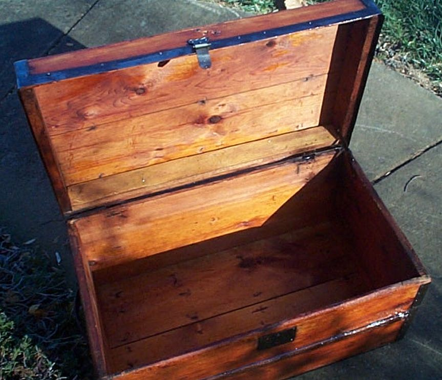 restored antique flat top trunk 468