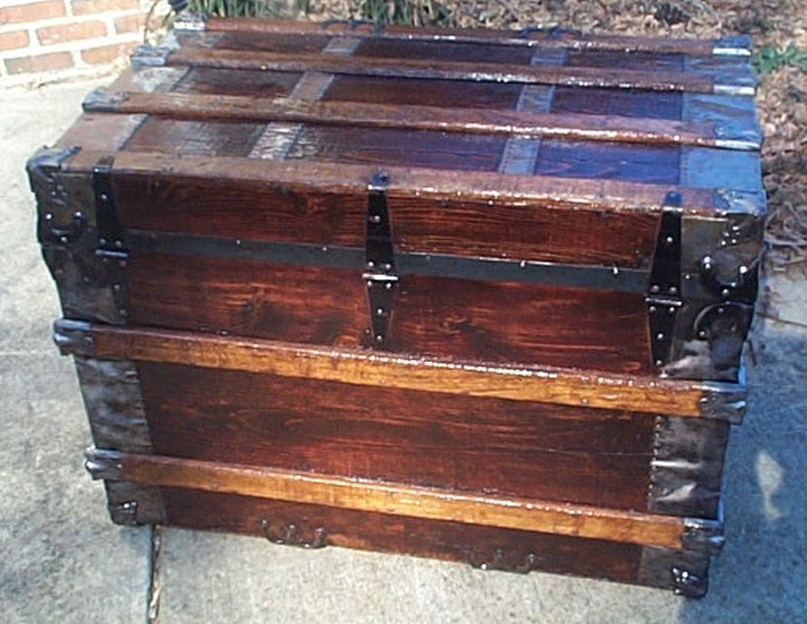 restored antique flat top trunk 493