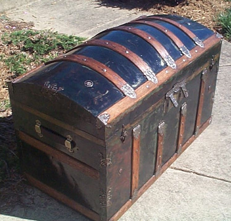 restored humpback dome top antique trunk for sale #503