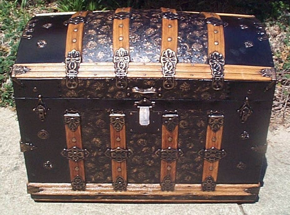 restored humpback dome top victorian era antique trunk 505